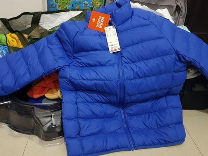 UNIQLO藍色160公分大童溫感外套
