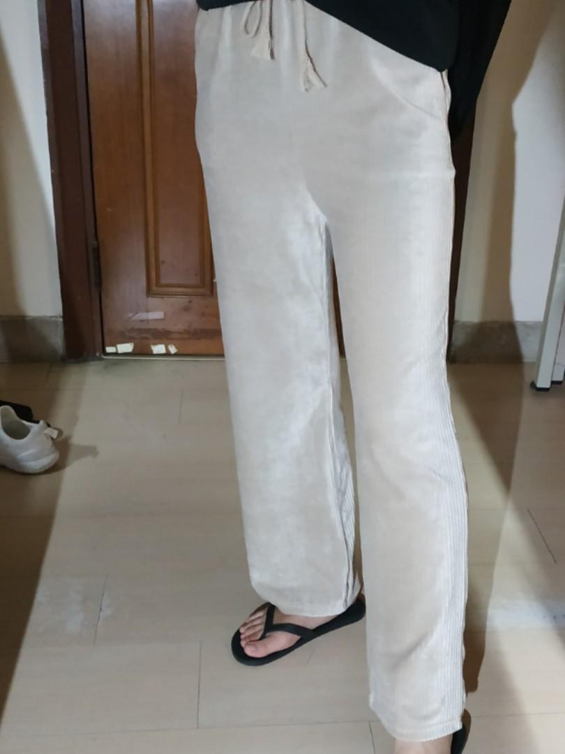 米白色 坑條 坑紋 燈芯絨 寬褲