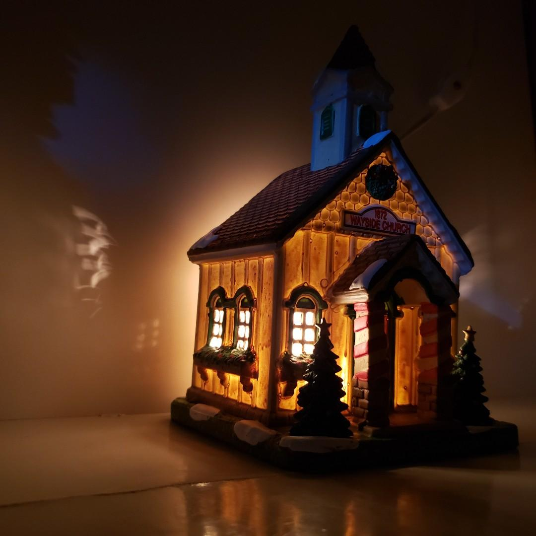 (手製) LEMAX Wayside教堂瓷器聖誕裝飾 / LEMAX Wayside Church Porcelain Christmas Decor (Handmade)