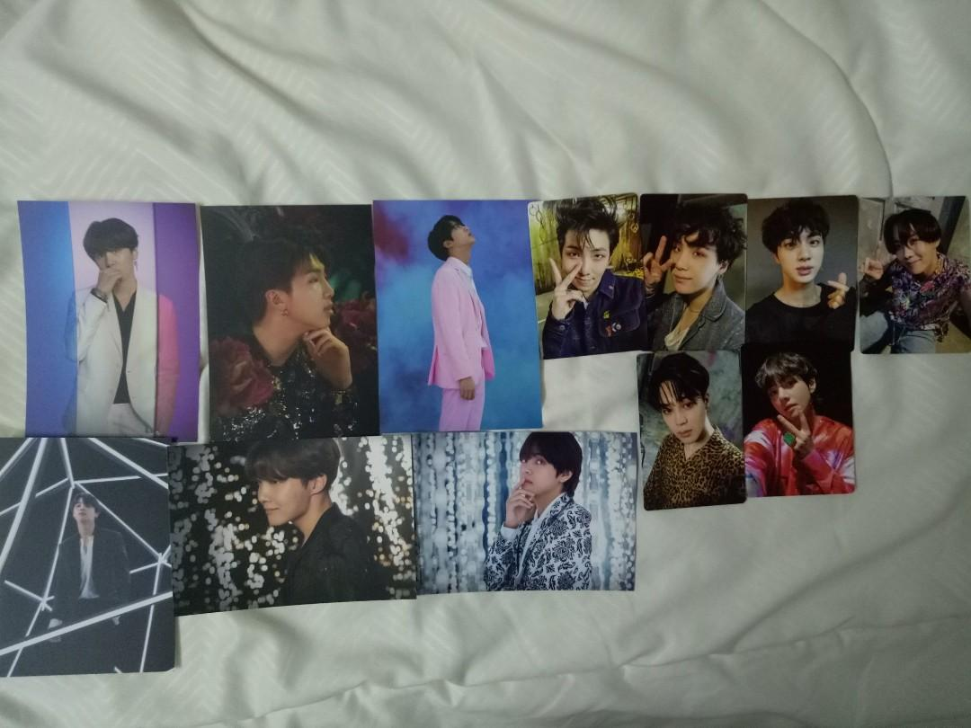 WTS BTS VT Cosmetic photocards / Army Bomb photocards