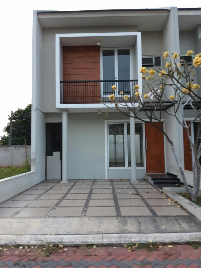 Cluster perumahan desain modern lokasi di Pangkalan jati JAKARTA TIMUR