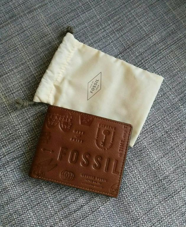 FOSSIL Men Fred Bifold Wallet - Brown