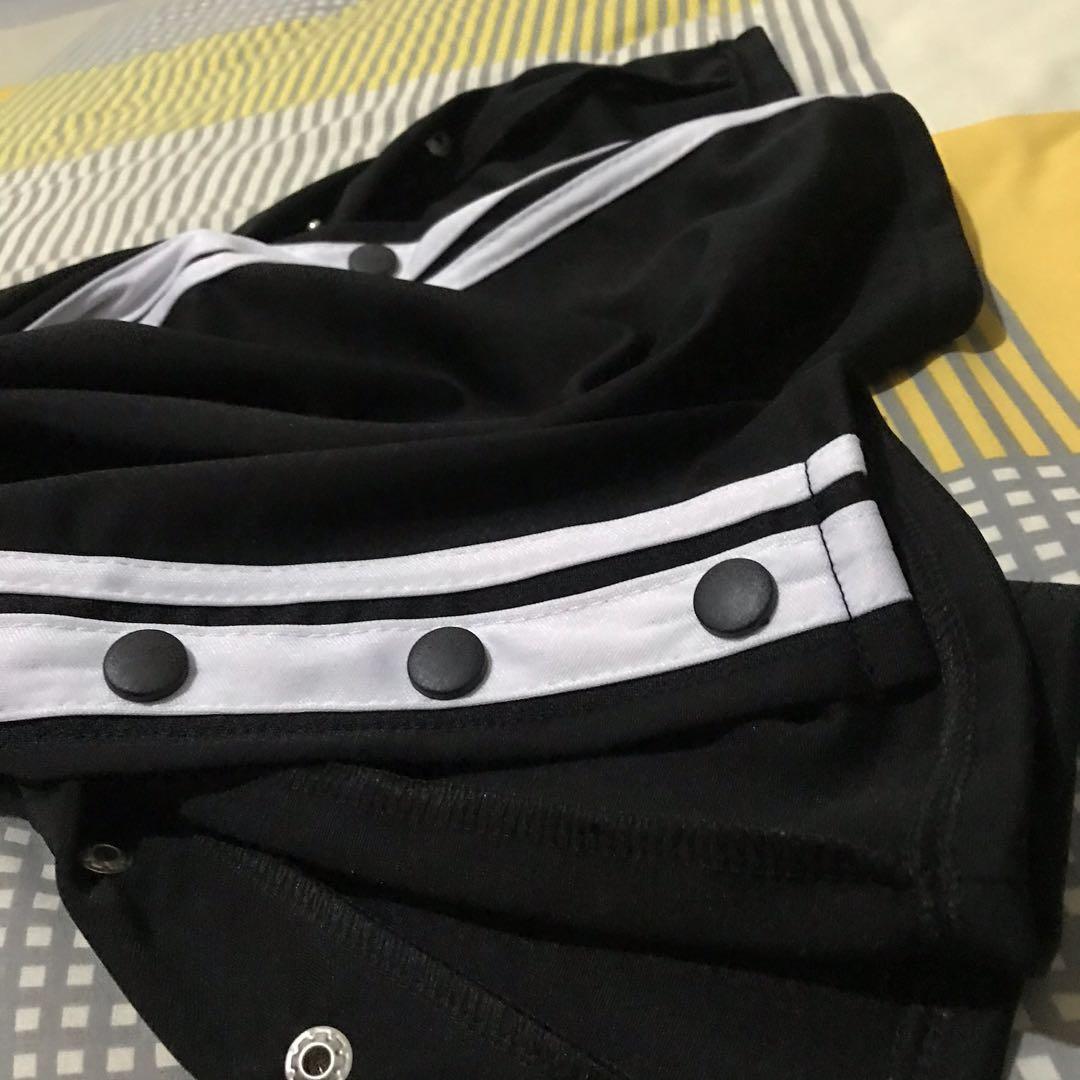 List Button Cullote Trackpants - Celana Kulot Garis