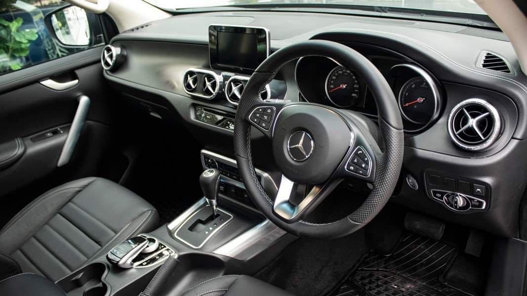Mercedes-Benz E350 Coupe (A)