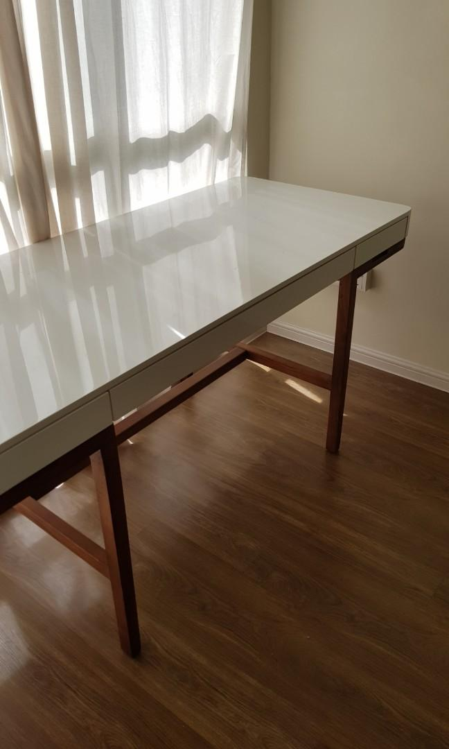 Image of: Mid Century Modern Study Desk Home Furniture Furniture On Carousell