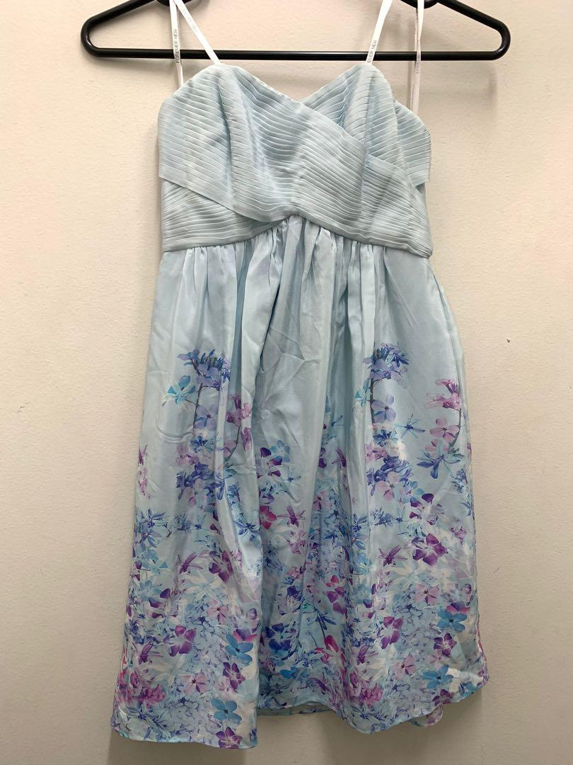 FOREVER NEW Never Worn w/ tag Floral Strapless dress size 6