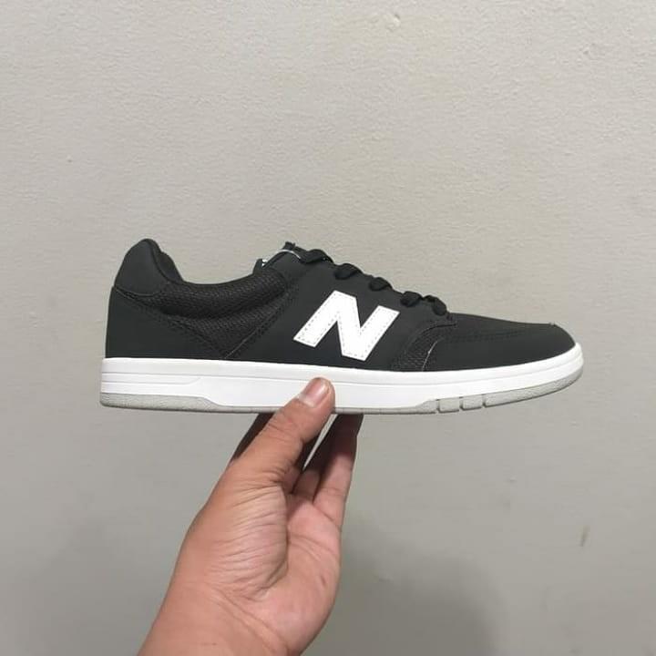 boicotear Evacuación Buen sentimiento  New Balance AM425 Skate Style, Men's Fashion, Men's Footwear ...