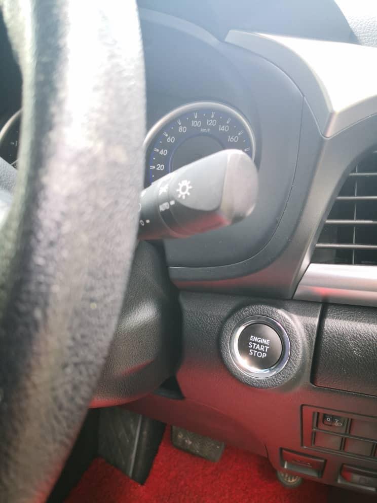 New Tip Top Toyota Hilux Revo 2.4 (A) 4x4 Pickup Truck