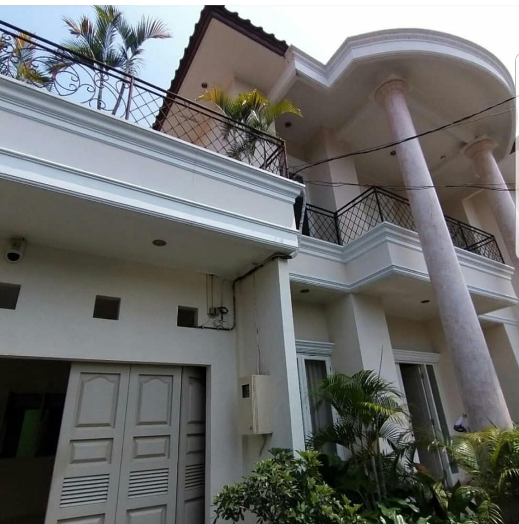Rumah Kemang Jakarta Selatan