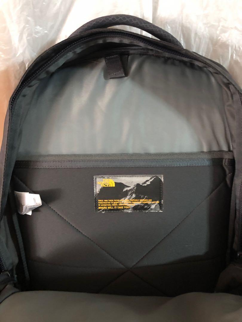 The North Face Hot Shot Laptop Backpack 背囊30L