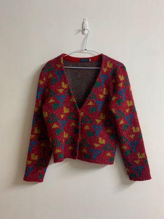 桃紅色毛衣外套