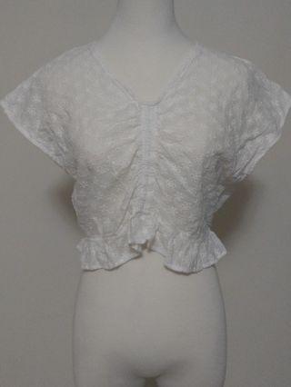 Huiglia cici 白色 碎花 抓皺 造型  可愛 v領  上衣 衣服 小花邊