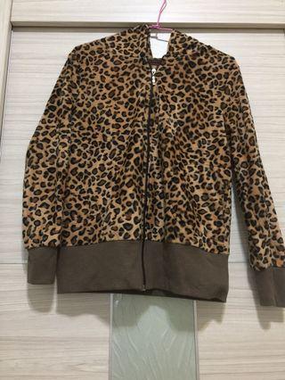 大女童豹紋秋裝外套