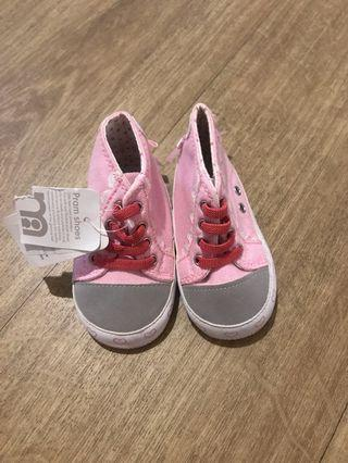 Sepatu Bayi Prewalker Mothercare 3-6bulan