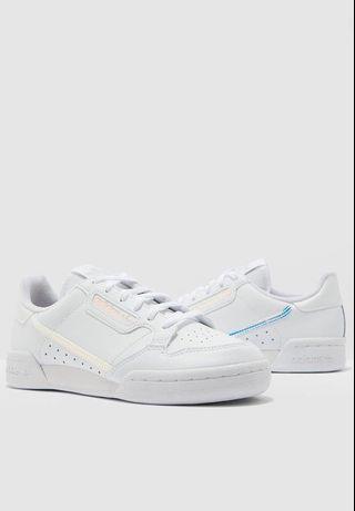 Adidas愛迪達小白鞋