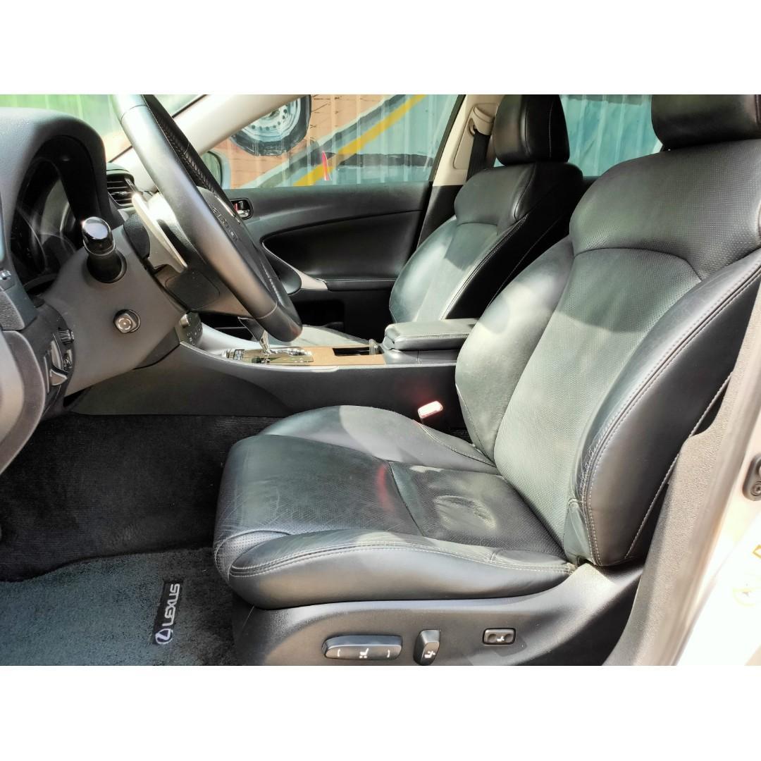 《鑫宏車業》2010年凌志IS250 2.5,I-key、10安、ABS、天窗....歡迎預約來店賞車