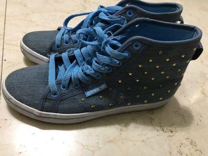 愛迪達 鞋