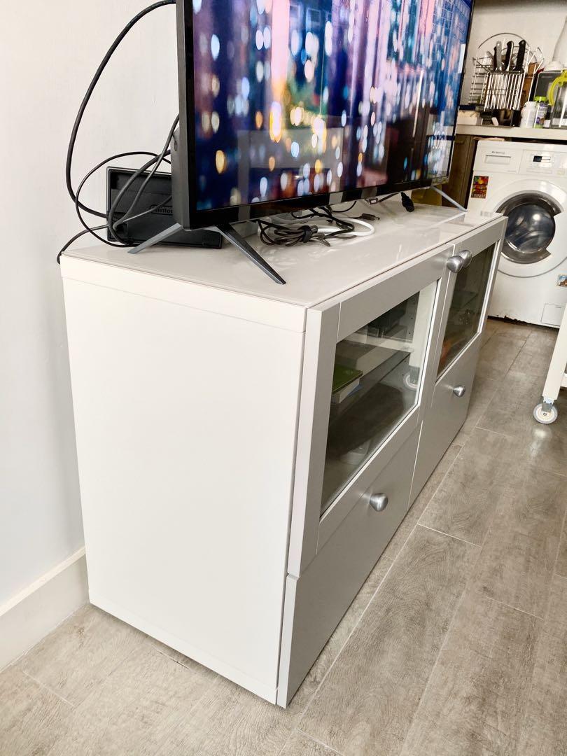 Like New TV Cabinet Stand  電視機櫃