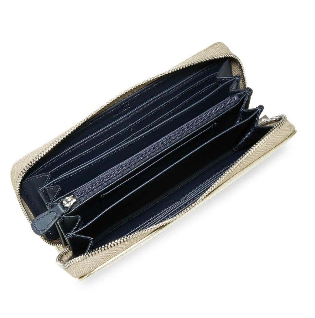 Love Moschino long wallet