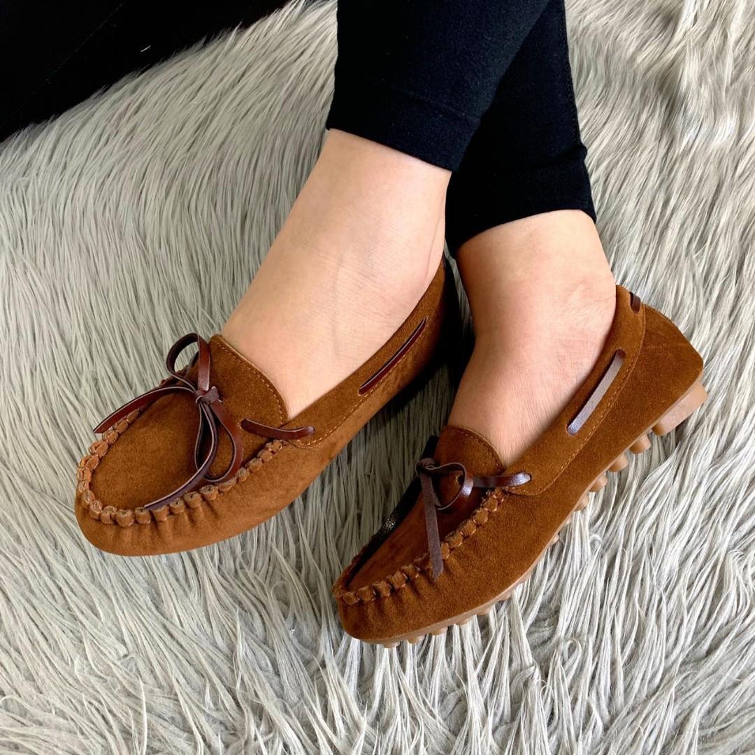 PO.3-5hari. Fashion loafers. Size 36- sole 23cm, 37- sole 23.5cm, 38- sole 24cm, 39- sole 24.5cm, 40- sole 25cm. (LIMITED STOCK). 4 Warna.