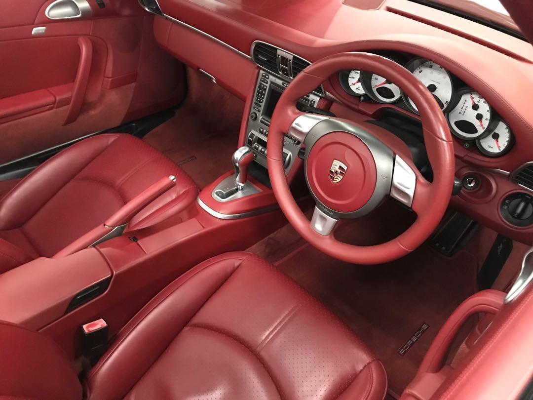 PORSCHE 911 Carrera 4S 2008