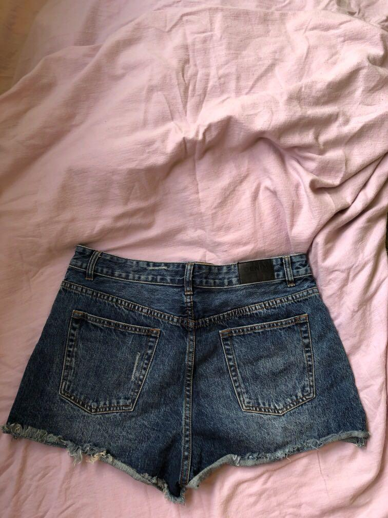 Size 14 Glassons denim shorts