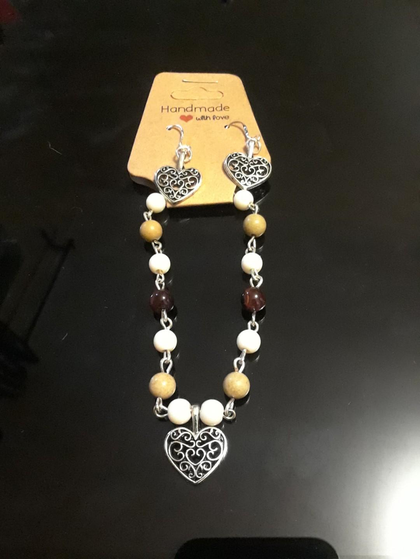 Tigers eye heart bracelet and 925 silver earring set