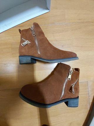 d+af棕色麂皮短靴