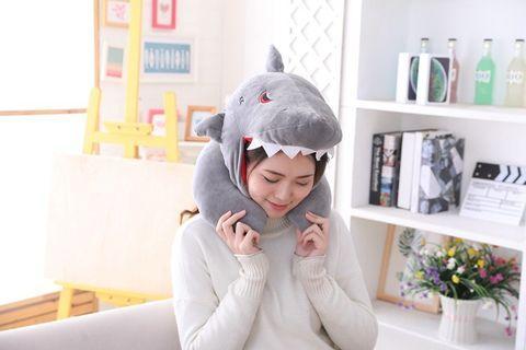 午安枕 飛機枕 鯊魚頭套 鯊魚帽子