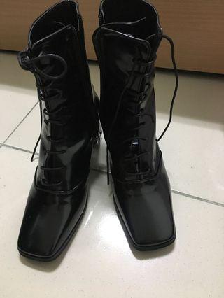 網拍ear_official購入高筒方頭綁帶靴全新