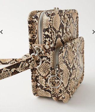 Moussy  正品   蛇紋   肩背包 側背包
