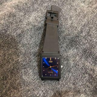 Casio光澤方形錶