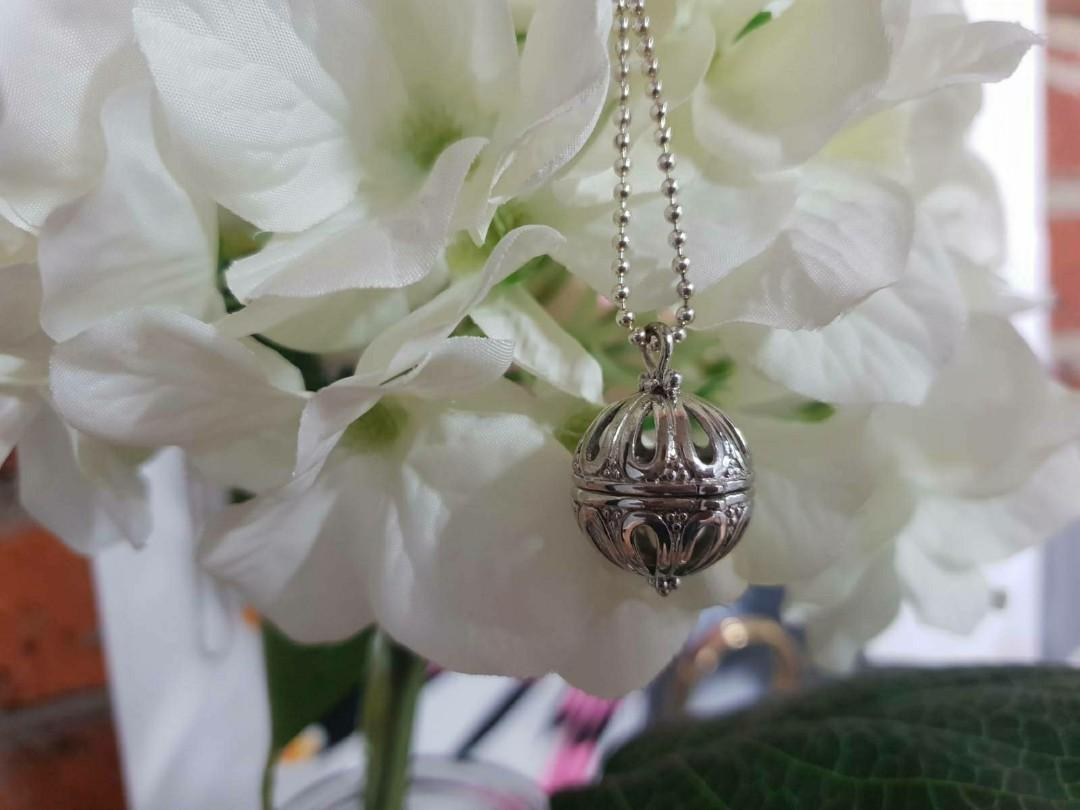 BALL LOCKET PENDANT WITH CHAIN 925 STERLING SILVER NECKLACE