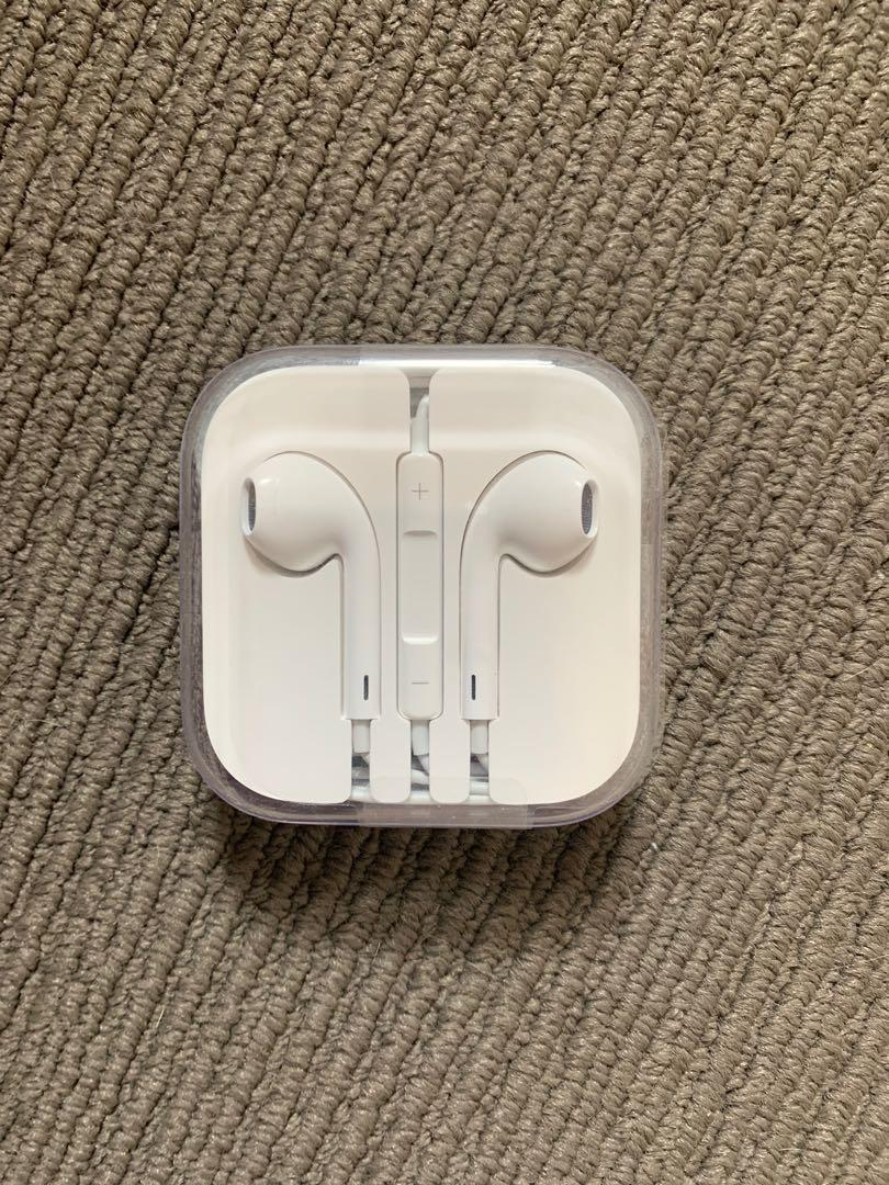 Brand New in Box Apple Earphones with 3.5mm headphone plug. THESE ARE NOT BLUETOOTH OR WIRELESS!