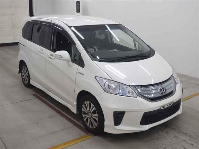 HONDA FREED HYBRID 2013