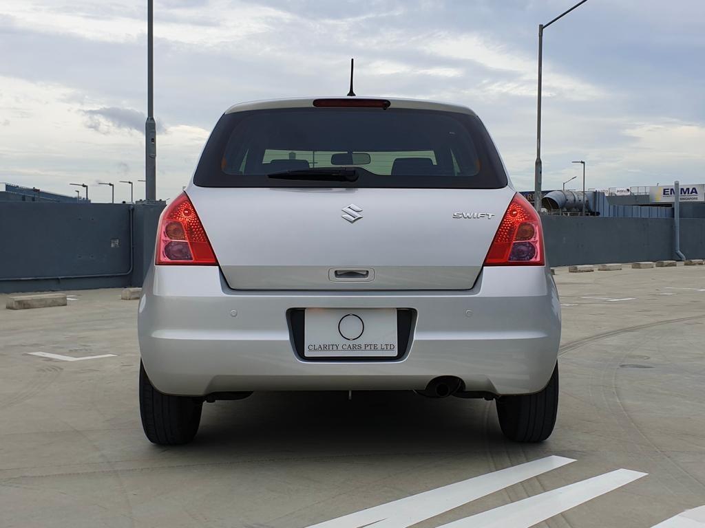 Suzuki Swift 1.3 GL 5-Dr (A)