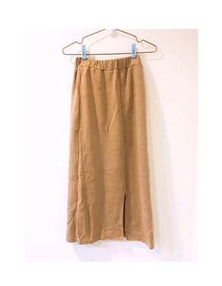 溫柔針織後開衩鬆緊腰長裙 卡其色