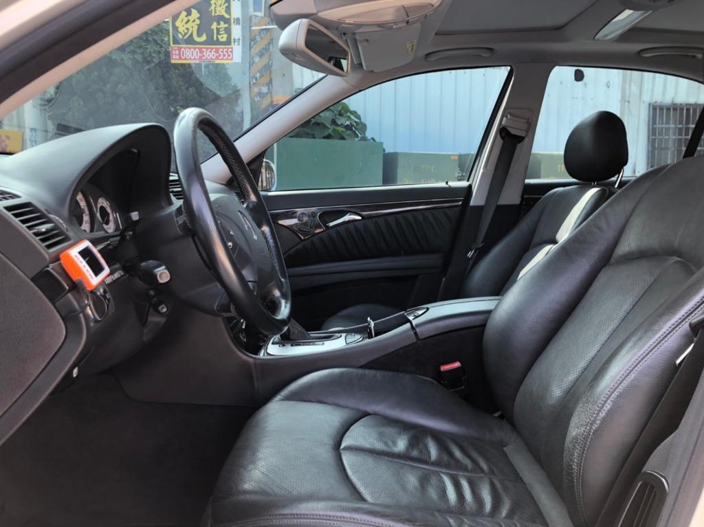 2003 Benz W211 E500 原廠配備Hid頭燈 全景天窗 氣壓懸吊 電動後遮陽簾 定期保養維護機能正常無待修