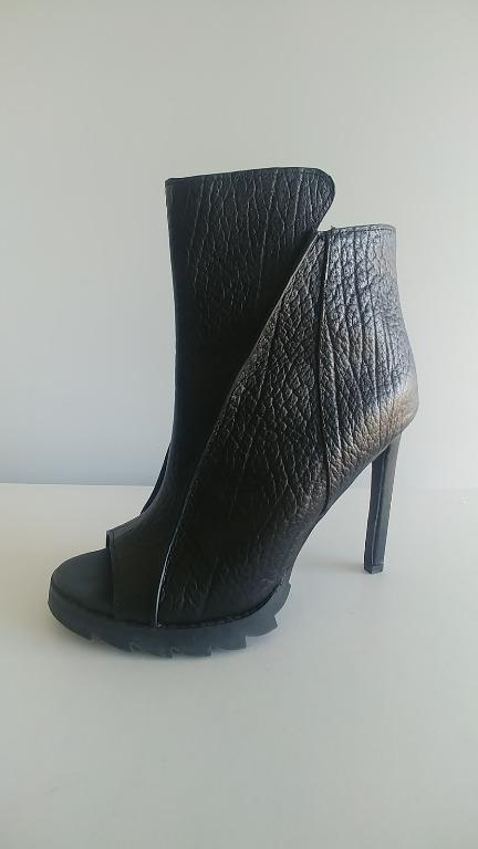 Jaggar The Label Black Leather Heel Peep Toe Boots