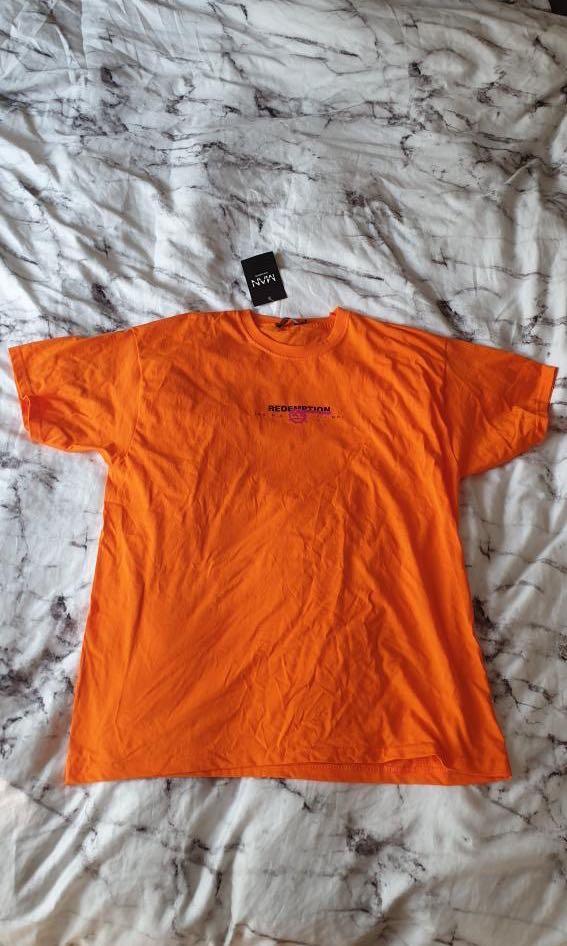 Boohoo oversized graffiti front and back print tshirt orange shirt size medium
