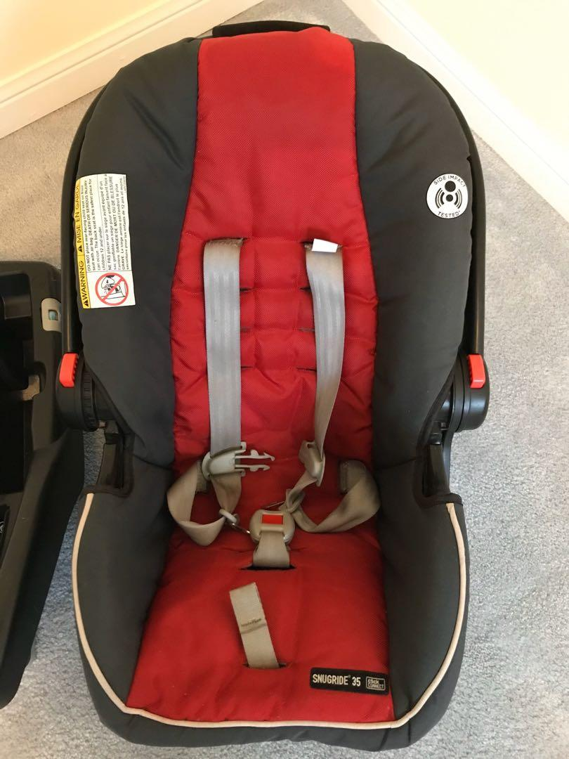 EUC Graco Snugride 35 click connect infant car seat with base