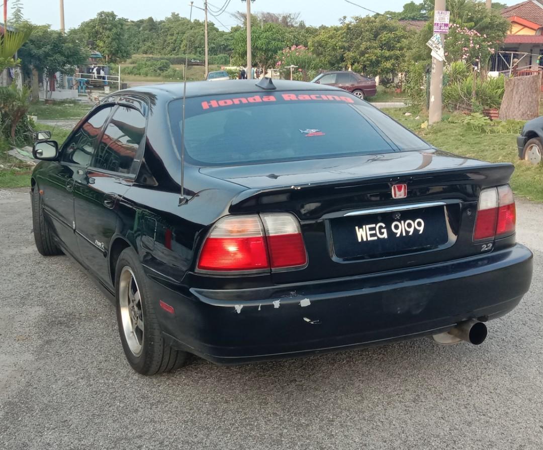 Honda Accord 2.2 (Auto)