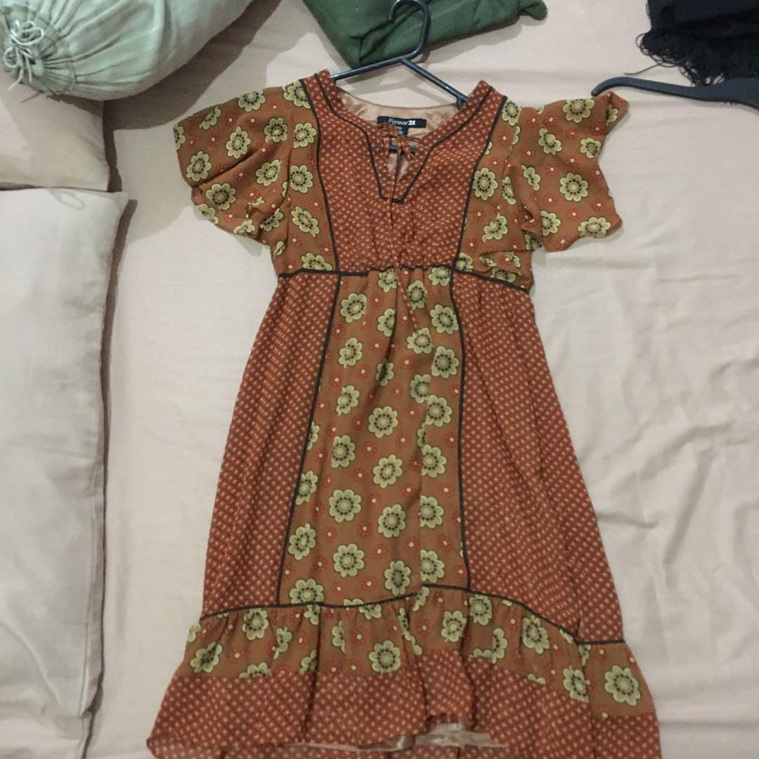 Mididress / dress floral forever21 size m