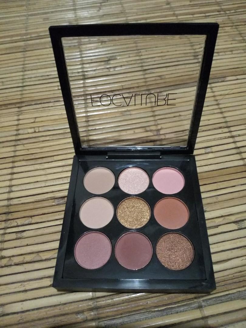 Nine Colors Eyeshadow