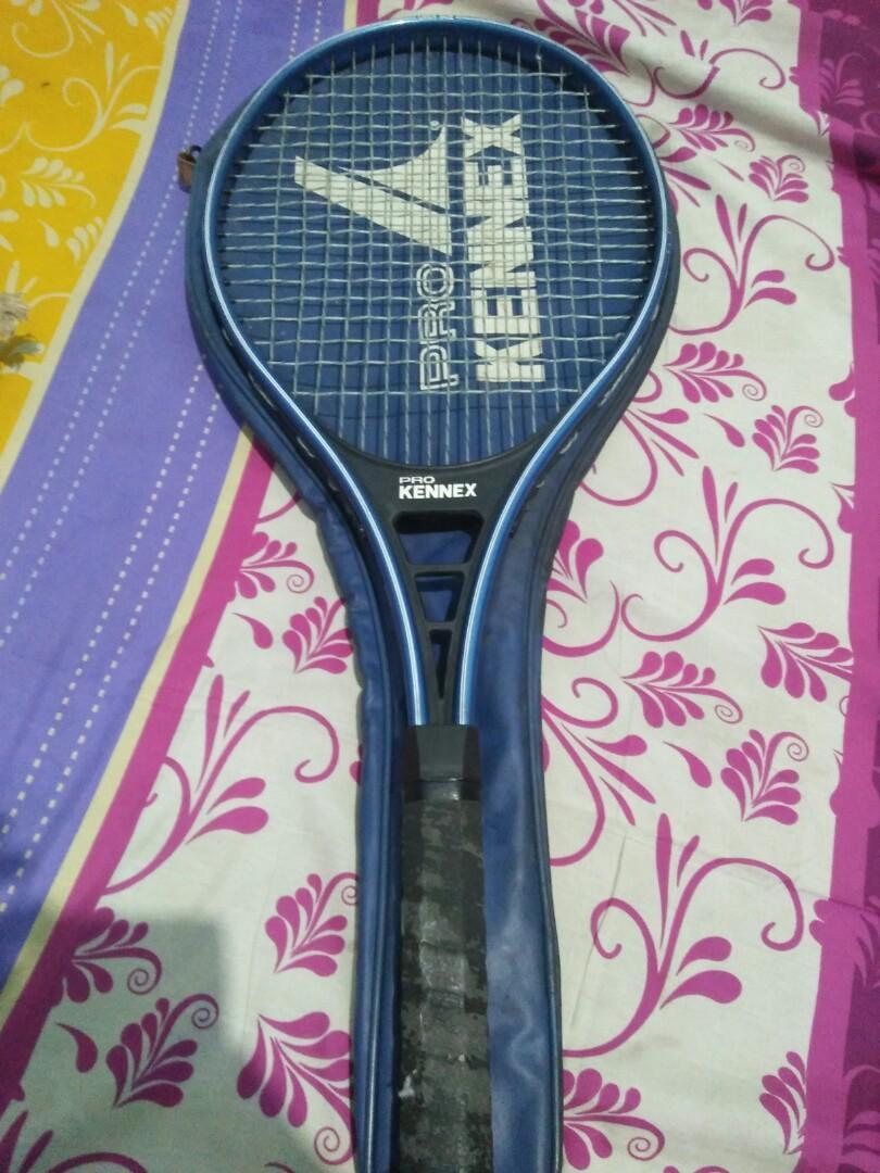 Raket tenis kennex