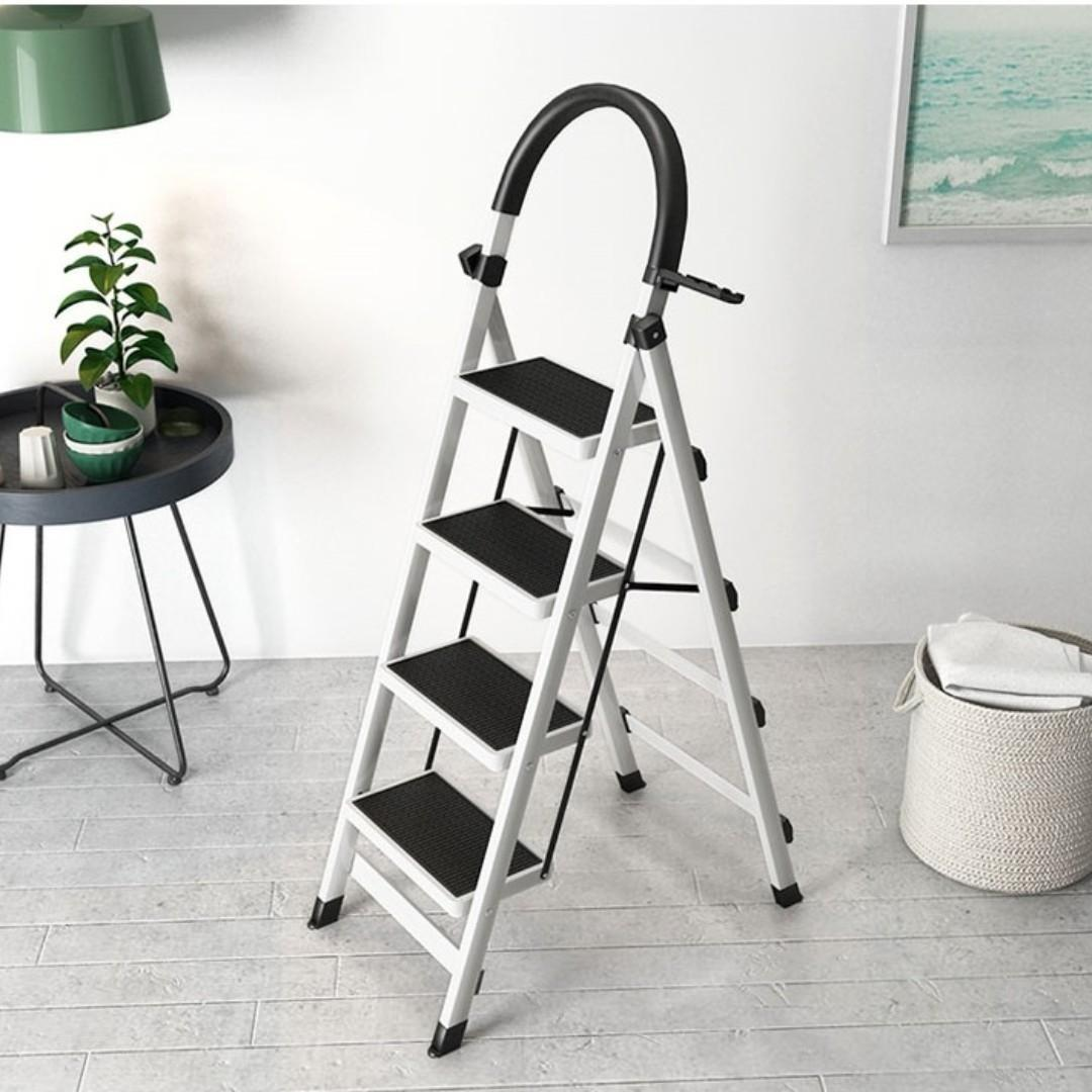 Step Ladder-