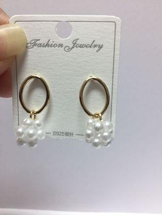 925銀針韓版圓形鏤空珍珠串耳環