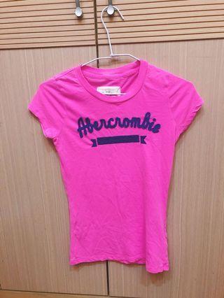 A&F 全新粉色繡字T-shirt