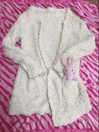 年底大拍賣 時尚毛毛外套  出清特賣200元 9成新