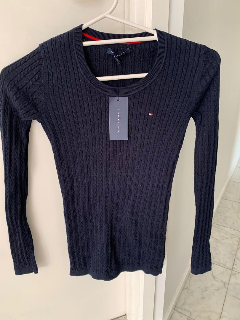 Brand new genuine Tommy Hilfiger cable knit navy jumper